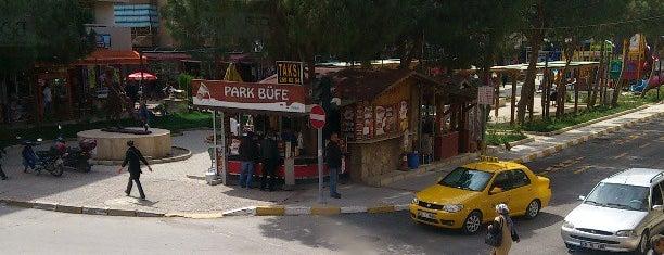 Panino Pizza is one of สถานที่ที่ Hasret ถูกใจ.