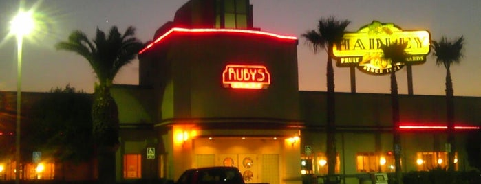 Ruby's Diner is one of Lugares guardados de Robert.