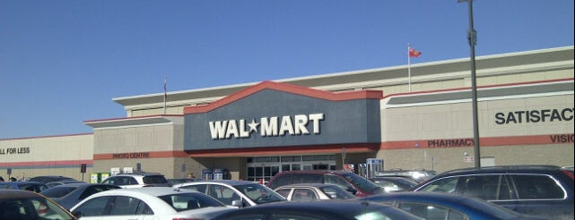 Walmart is one of Tempat yang Disimpan Deborah Lynn.