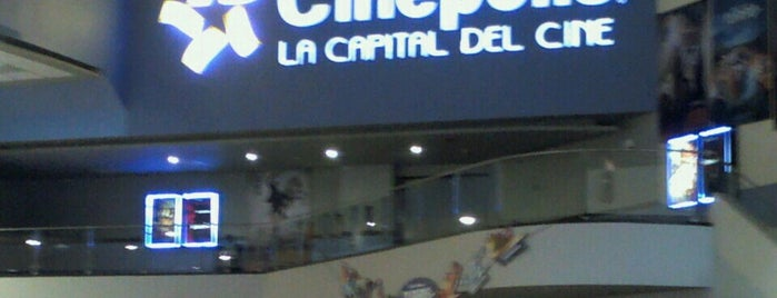 Cinépolis is one of Anapaulaさんのお気に入りスポット.