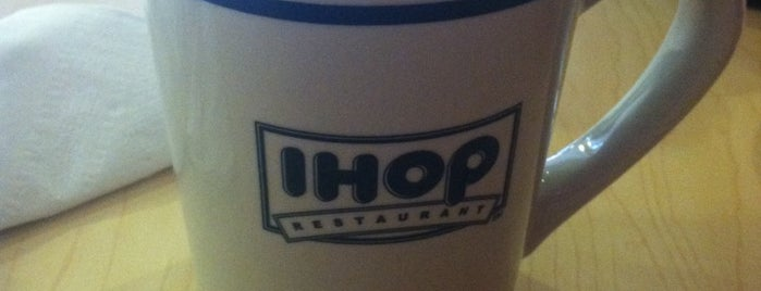 IHOP is one of Locais curtidos por Alejandro.