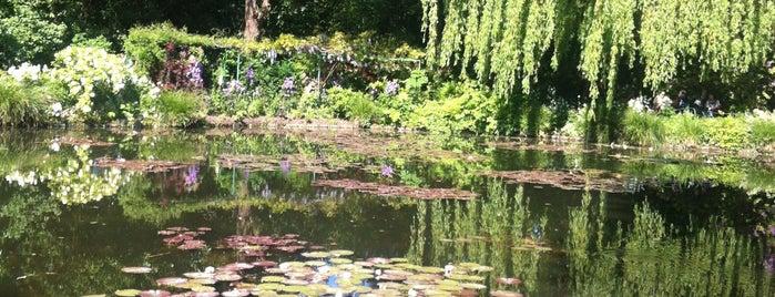 Jardins de Claude Monet is one of ~ curiosités /UK|FR|PT|etc.