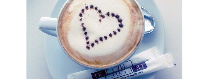 Le Cafe is one of Lieux sauvegardés par Omar.