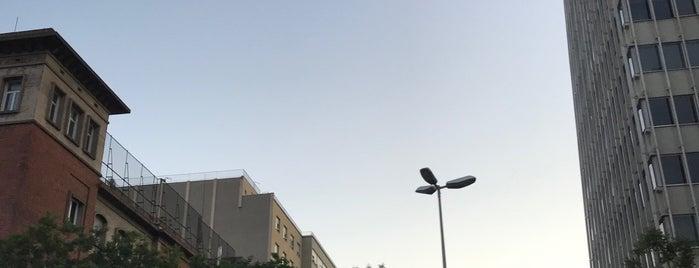 Avinguda de les Drassanes is one of Барселона.
