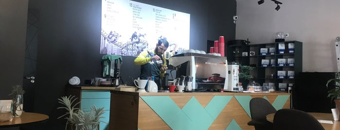 Double B Coffee & Tea is one of Tempat yang Disimpan Travelsbymary.
