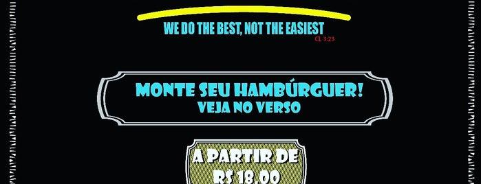 Burger Club is one of Onde comer em Bsb.