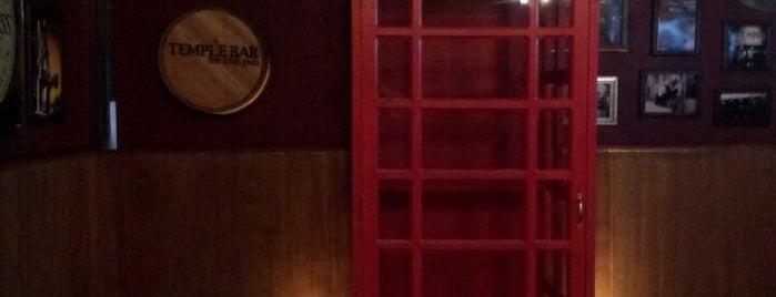 Temple Bar is one of Locais curtidos por Plinio.