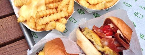 Shake Shack is one of New London Openings 2013.