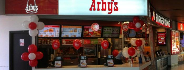 Arby's is one of Zümrüt 님이 저장한 장소.