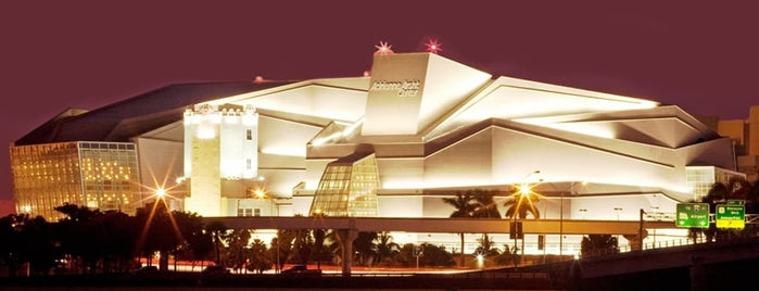 Adrienne Arsht Center for the Performing Arts is one of Miami.