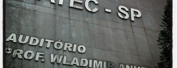 Faculdade de Tecnologia de São Paulo (FATEC-SP) is one of สถานที่ที่บันทึกไว้ของ Arturo.