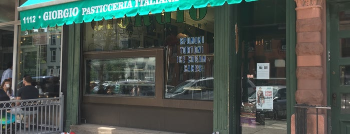 Giorgio's Italian & French Pastry Shop is one of Lugares guardados de Michelle.