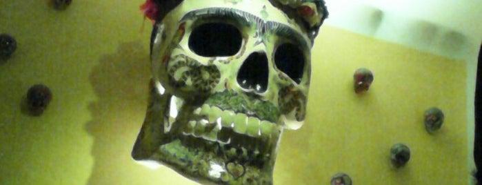 Kahlo galeria bar is one of Bares, cantinas, cervecerías, micheladas..