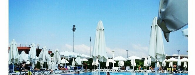 Fenerbahce Spor Klubu Kalami$ Tesisleri Havuz is one of Holiday.