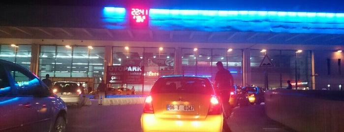 AŞTİ is one of Burak'ın Beğendiği Mekanlar.