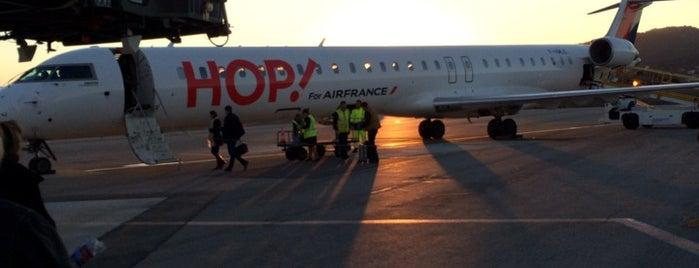Aéroport de Toulon-Hyères (TLN) is one of Jared's Liked Places.