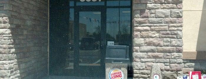 Burger King is one of Locais curtidos por Randy.