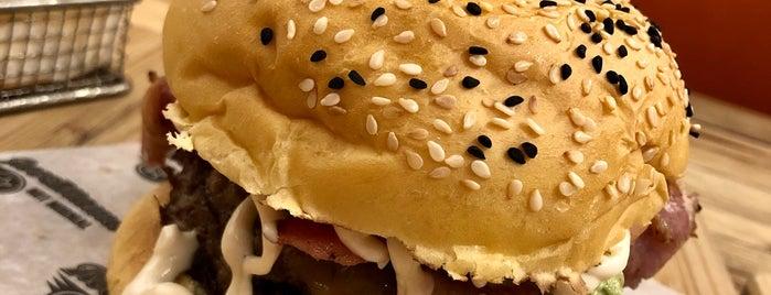 RocoMamas View Plaza is one of Riyadh Sandwiches & BBQ.