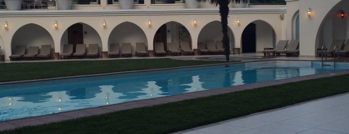 Holiday Inn Spa & Fitness is one of ArkınSuat'ın Beğendiği Mekanlar.