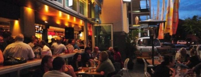 Story Bridge Hotel is one of Posti che sono piaciuti a Tanza.