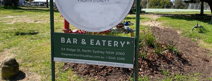 The Greens is one of สถานที่ที่ Matt ถูกใจ.