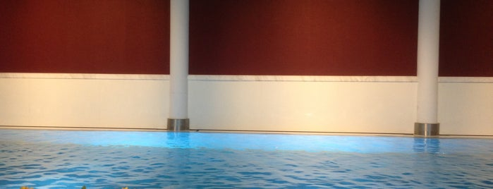Emotion Spa Frankfurt is one of สถานที่ที่ Lizzie ถูกใจ.