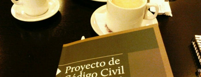 Vila's Cafe is one of Cafe.