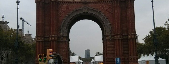 Arc De Triomf is one of Barcelona 🇪🇸.