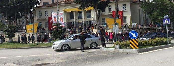 PTT MERKEZ is one of Bego'nun Beğendiği Mekanlar.