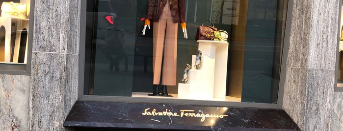 Salvatore Ferragamo is one of Lieux qui ont plu à J.Esteban.