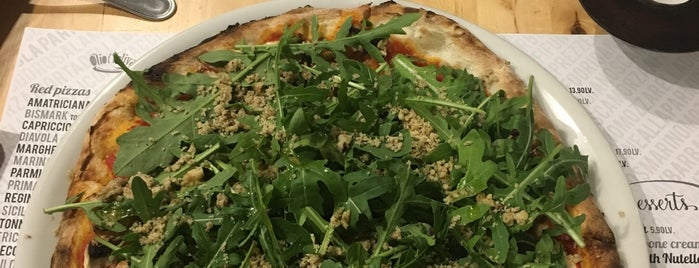 Pizzeria & Stizzicheria Olio d'Oliva is one of Elenaさんの保存済みスポット.