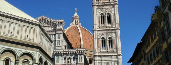 Piazza del Duomo is one of Florence - Firenze - Peter's Fav's.