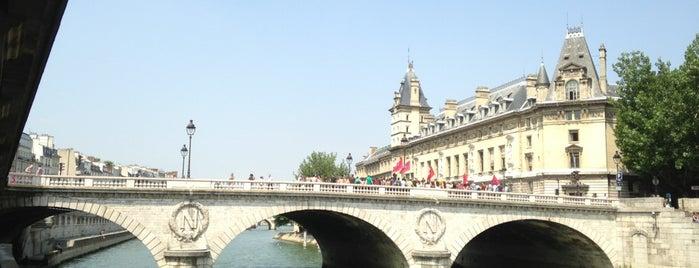 ポンヌフ is one of Paris, je t'aime.