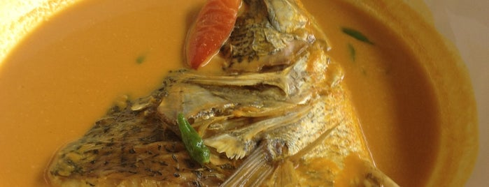 RM. Pohon Pisang is one of Medan culinary spot.
