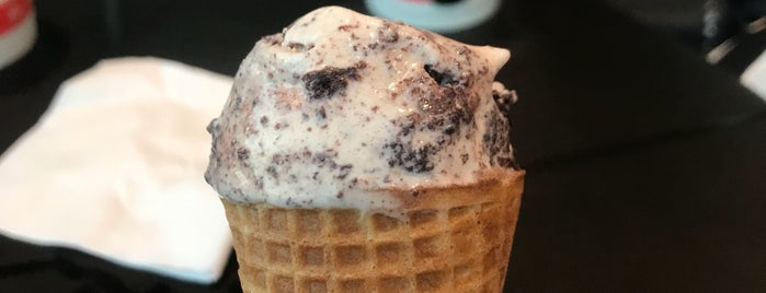 Salt & Straw is one of Posti salvati di Veronica.
