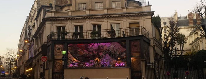 Rue Frochot is one of Enrica.