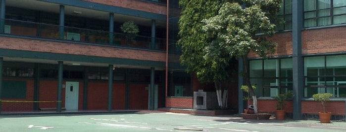 Liceo Franco Mexicano, AC is one of Tempat yang Disukai Grace.