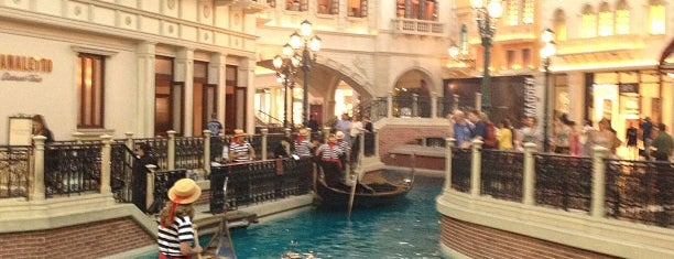 Grand Canal Shoppes is one of Lugares favoritos de ATL_Hunter.
