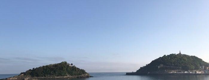 Isla de Santa Clara is one of San Sebastian Sights.
