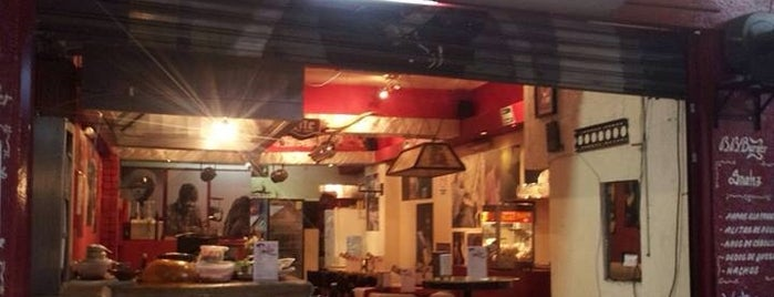Elvis Restaurant is one of Lugares favoritos de Danielle.