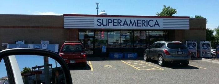 SuperAmerica is one of Jennifer 님이 좋아한 장소.