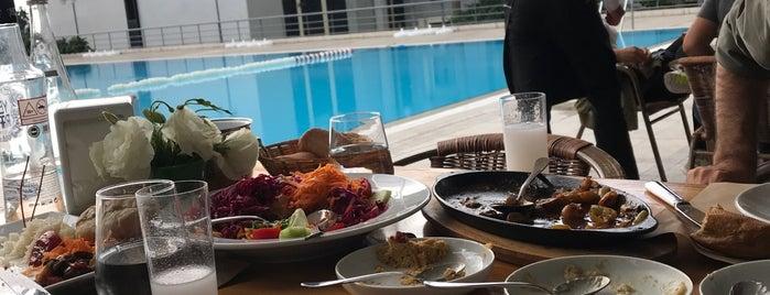 Havuzbaşı Restaurant is one of Ebru'nun Kaydettiği Mekanlar.