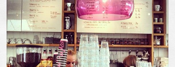 Bare Barista Kaffebar is one of Christina'nın Kaydettiği Mekanlar.