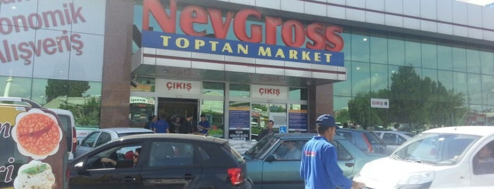 NevGross Toptan Market is one of Posti che sono piaciuti a Gurme.