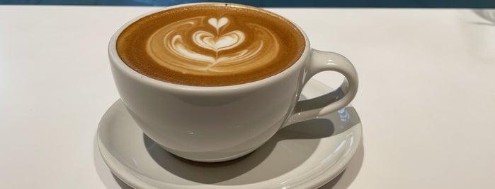 Blue Bottle Coffee is one of 東京ココに行く! Vol.43.
