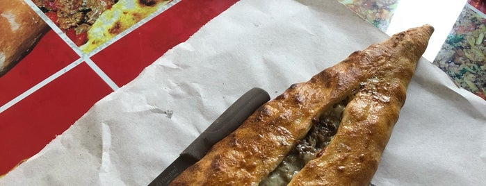 Dost Pide is one of Yemek.