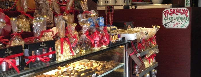 J'adore Chocolatier is one of Istanbul To Do List.