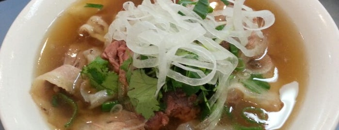Phở Pasteur is one of Lieux sauvegardés par Greg.