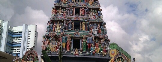 Sri Mariamman Temple is one of Singapore.