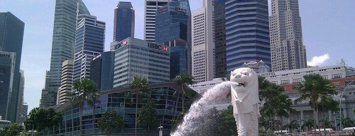 เมอร์ไลออน is one of Singapore.